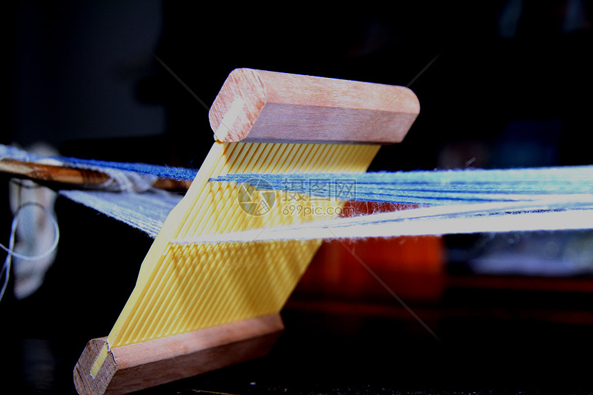 传统手工织布图片