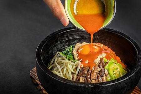 五花肉石锅拌饭图片