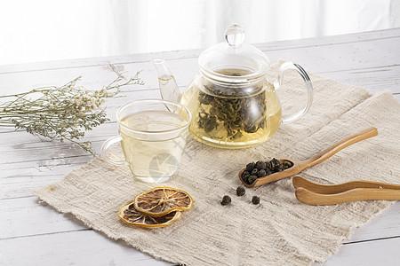 茉莉龙珠茶叶与茶具图片