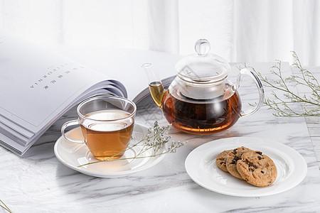 红茶与茶壶图片