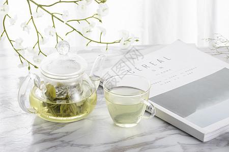 绿茶与玻璃茶壶图片