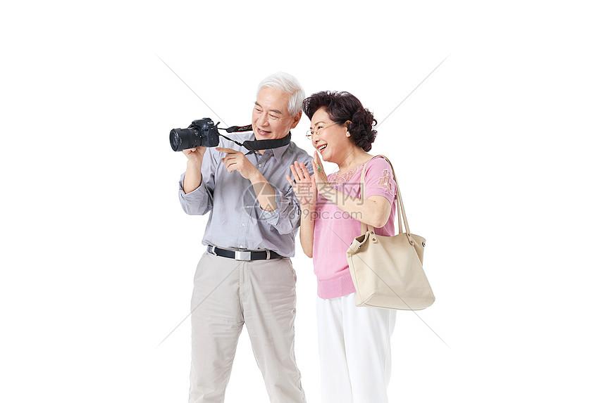 老年夫妇拍照图片
