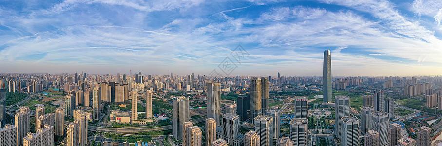 城市地标高楼群天际线全景长片图片
