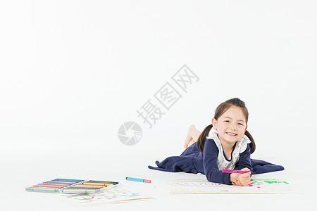 儿童节外国女孩画画图片