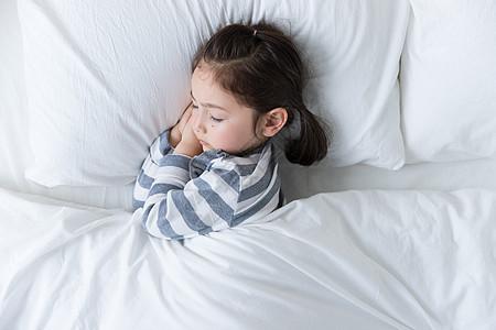 外国儿童睡觉图片