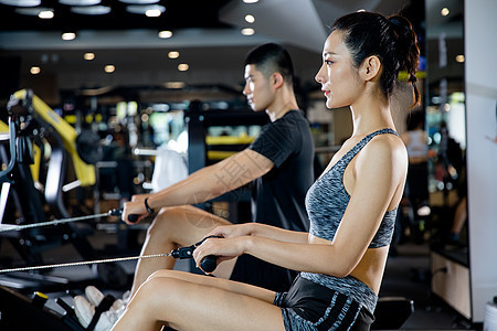 健身男女图片