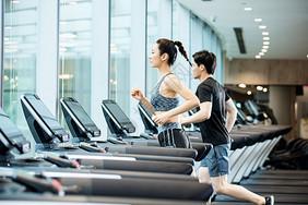 跑步机运动健身图片