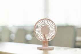 夏季电风扇图片