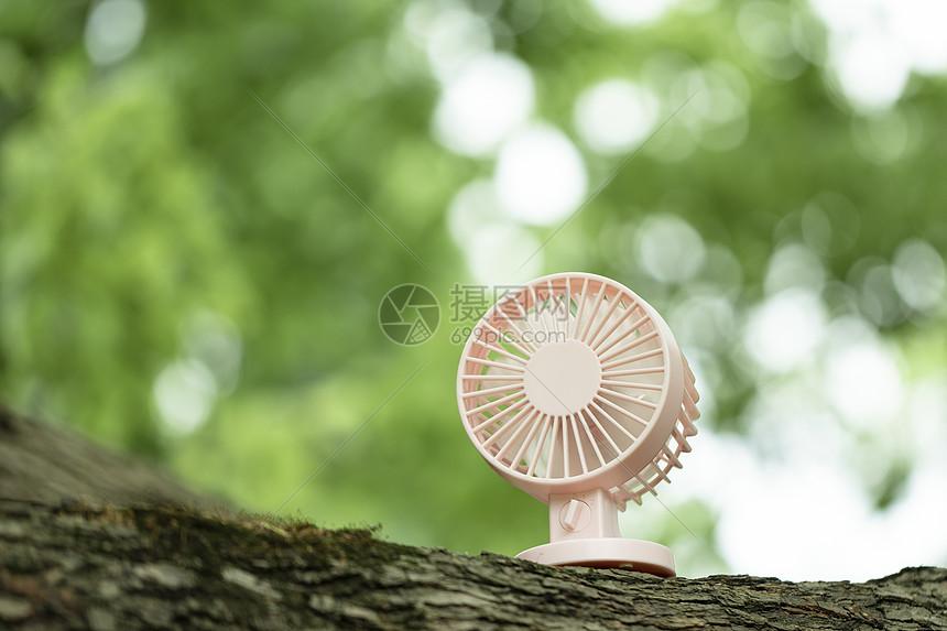夏季风扇图片