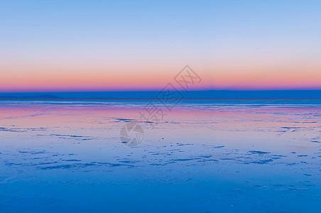 盐湖晨曦图片