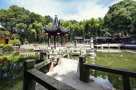 夏天山林风景图片
