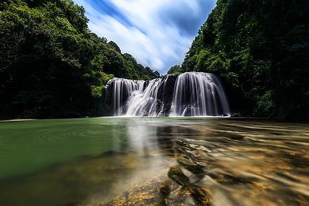 漳洲云水谣树海瀑布图片