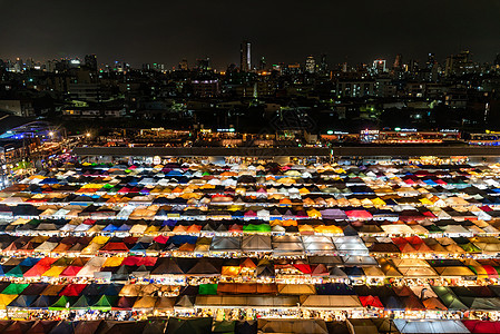 曼谷拉差达夜市图片