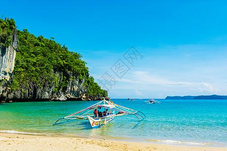 菲律宾海上的船支图片