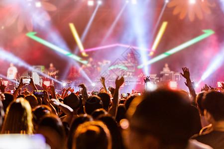 音乐现场狂欢图片