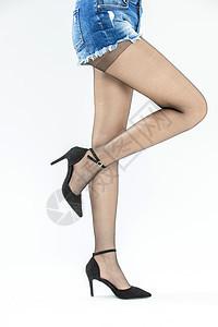 穿黑丝高跟鞋的美腿图片