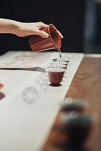 女茶艺师分茶图片