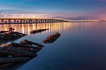集美大桥的凌晨图片