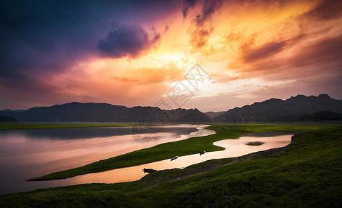江面落日风光图片