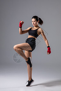 女性运动拳击散打图片