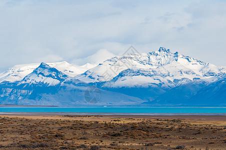 潘塔哥尼亚高原雪山图片