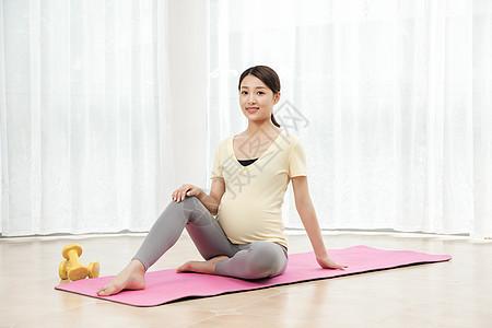 孕妇做瑜伽运动图片