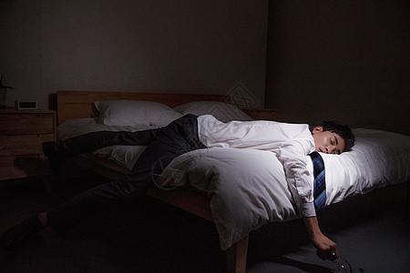 疲惫的商务男性图片