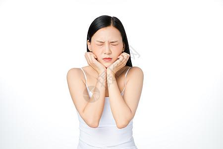 女性烦恼头疼图片