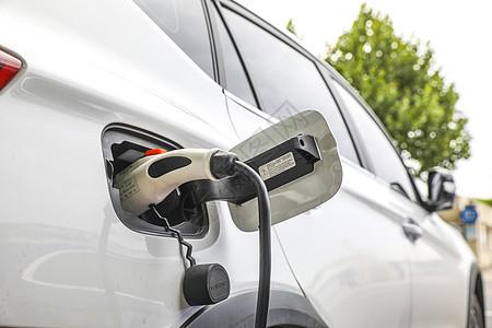 新能源汽车充电场景特写图片