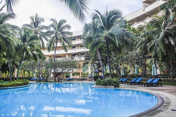 泰国豪华度假酒店泳池图片