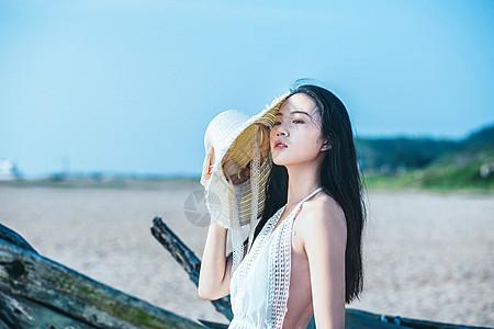 沙滩半身文艺人像图片