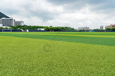 厦门理工学院集美校区足球场图片