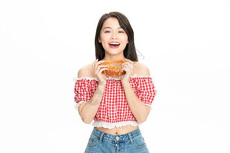 美女吃面包图片