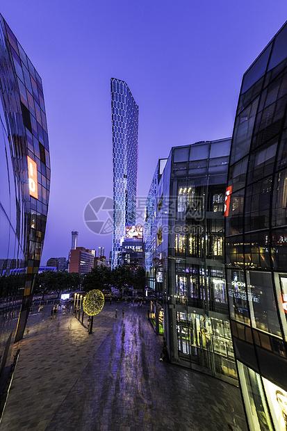 北京三里屯的夜景图片