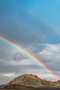 黑石戈壁彩虹图片