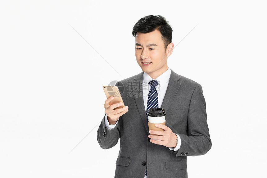商务男性看手机图片
