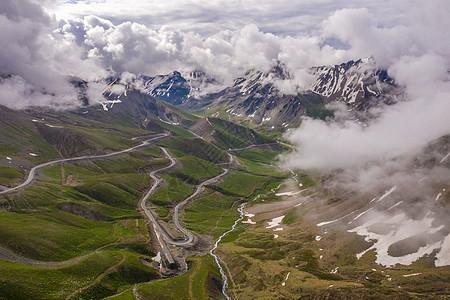 山间公路交通运输基础设施图片