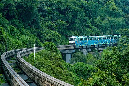 山城重庆立体交通单轨列车图片