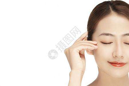 女性美容护肤保养特写图片