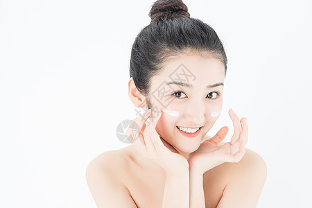 可爱女孩护肤图片