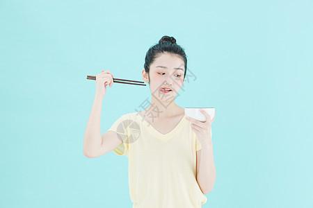 可爱女孩健康饮食图片