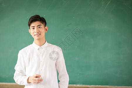 青年老师形象图片