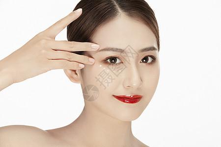 女性手指眉毛图片