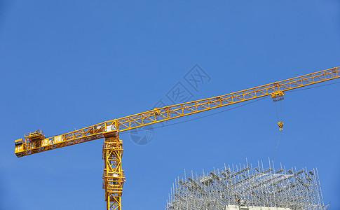 建设工地的塔吊图片