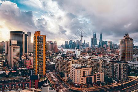 上海台风前夕日出图片