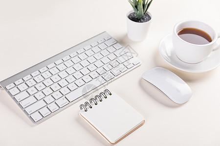 学习办公桌面场景图片