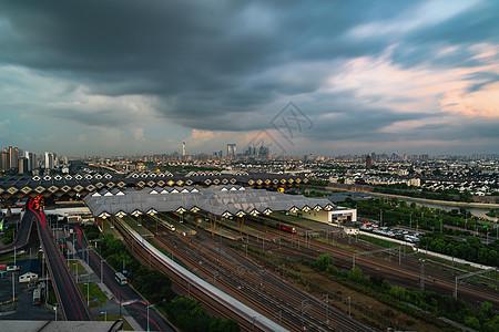 极端天气下的苏州火车站图片