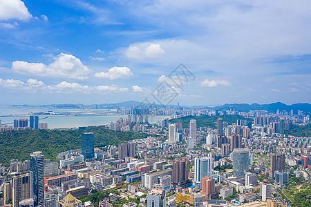 蓝天白云下的广东珠海城市建筑图片