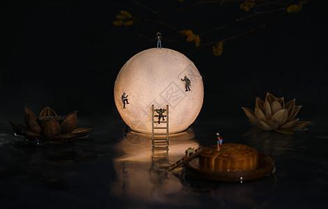 中秋圆月小人图片