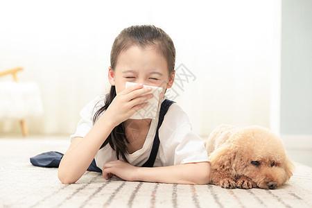 小女孩对狗狗过敏图片